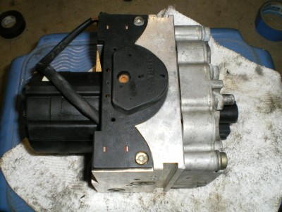 Hummer's Meritor Wabco ABS Modulator