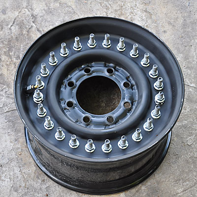Military Hummer Wheel stud and nuts